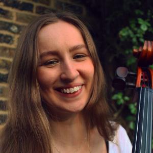 Anna Galloway headshot
